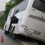 Автобус от София за Варна пропадна в канавка на разклона за Павликени