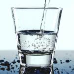 Пиенето на вода в големи количества е опасно
