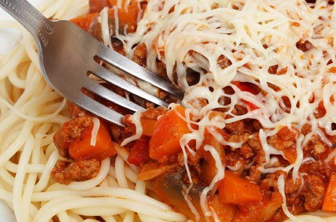 Момче почина след ядене на спагети