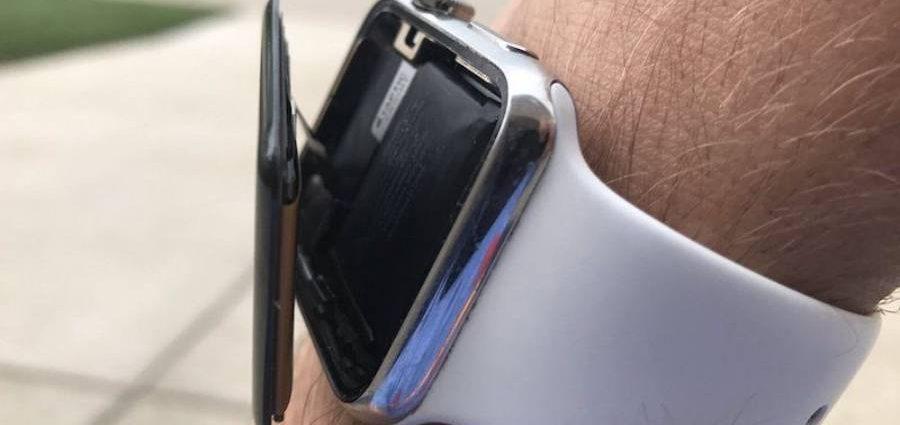 Потребители на Apple съдят бранда заради подути батерии в Apple Watch